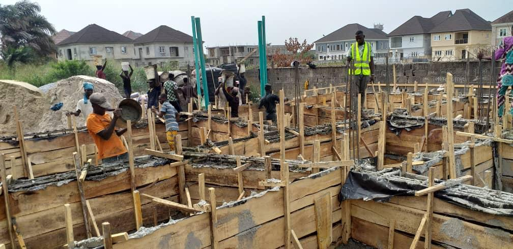 Dhaxle Construction of office building in Lagos