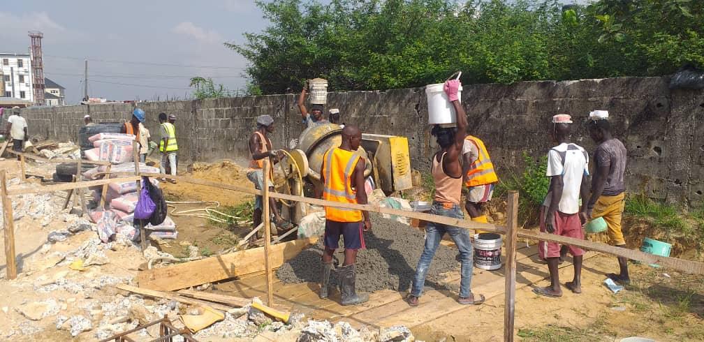 Dhaxle Construction of shopping complex in Kaduna