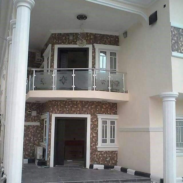 Dhaxle 2 Units terraces, Aja Lagos