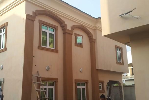 Dhaxle 5Bedroom Duplex - West end Estate, Ikota